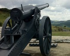 A Long Tom cannon on the Long Tom Pass between Lydenburg and Sabie.